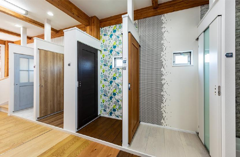 室内ドア、床 イメージ