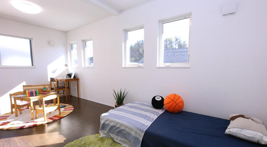 ヘリオスタウン印西牧の原【5号棟 洋室】将来、二部屋に分けられる設計です。