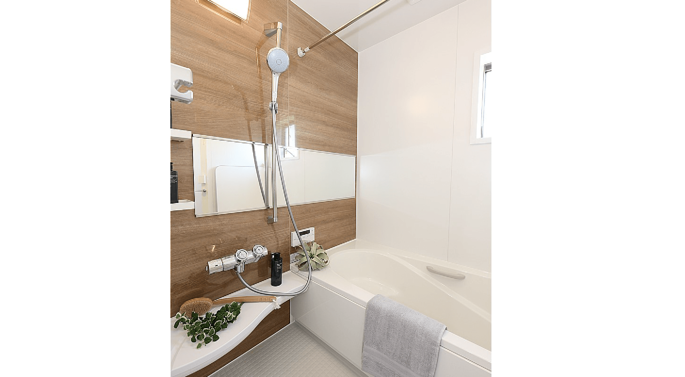 【当社施工例・浴室】間取りや仕様など実際と異なる場合がございます。