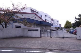 鰭ヶ崎小学校