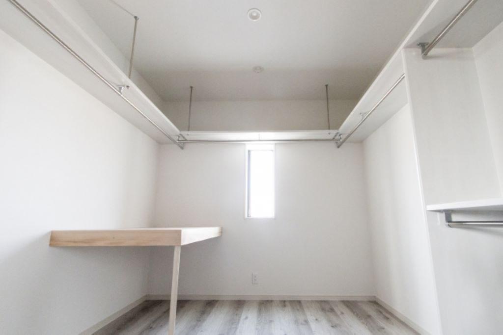 注文住宅を建てる前に知っておきたいクローゼットの種類と特徴