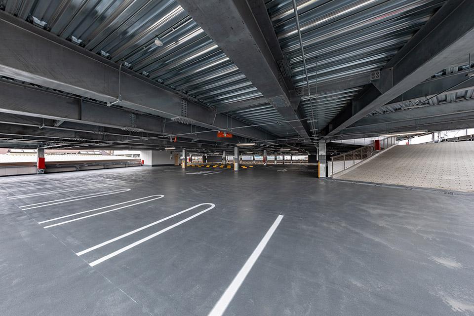 柏公設市場立体駐車場
