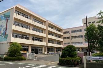 吉川市立中曽根小学校