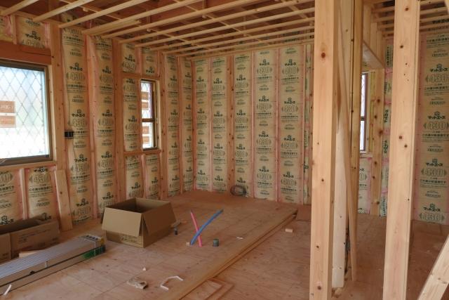住宅に使用される断熱材の主な種類は4つ